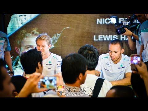 [HD] Nico Rosberg & Lewis Hamilton @ KLCC Malaysia 2013 | PETRONAS Motorsports Meet&Greet #pmgp2013