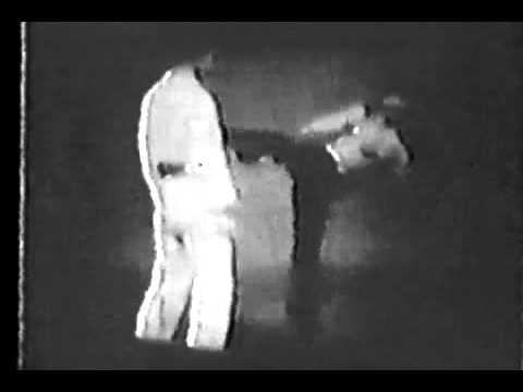 Bruce Lee - Fastest kicks ever seen by the world