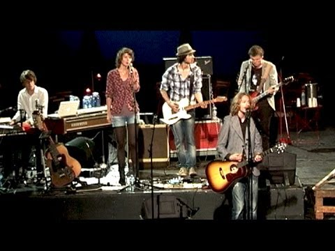 Bosconcert 2011 - Chris Kok & Tessa Douwstra (Wooden Saints): 'Away with the villain'