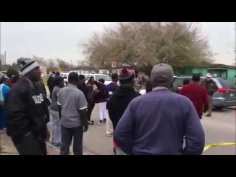 (UNCENSORED) Rage from Freeport residents after officer involved in deadly shooting