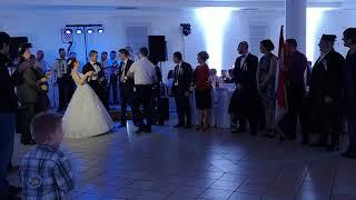 Ana-Marija i Toni, prvi ples
