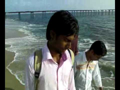 3 idioys at alappuzha beach