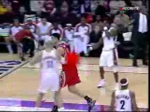NBA Referees Strange Calls Against Yao Ming in Cleveland