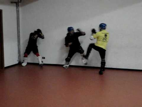 TOTAL FIGHTING SCHOOL  Video 2009 (Real Self Defence - Jeet Kune Do Concepts - Close Combat) Image 1