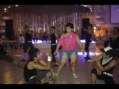 Show reggaeton Xv Daniela - FricXion Five