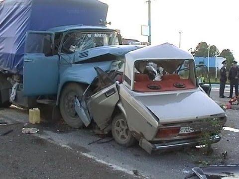 #12 Очень страшные Аварии ЗИМА Январь 2016 - ДТП Car Crash Compilation winter HD