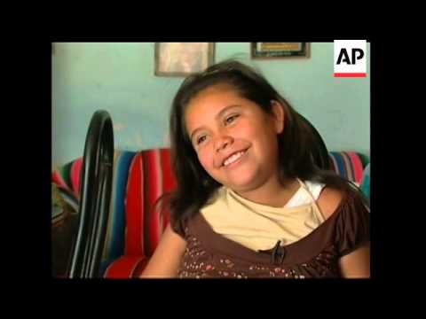 Look at family's daily life as Mexico shuts down to slow flu
