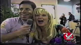 Ginger Lynn at CES(AVN) 2000