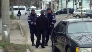 Poliția patrulare n-are treabă cu legalitatea