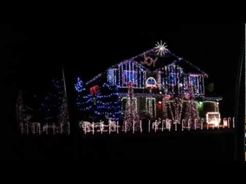 Espectáculo de luces navideñas al ritmo de dubstep