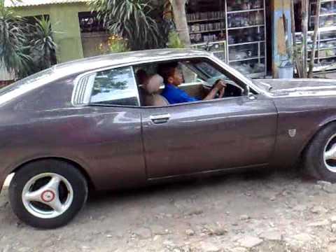 Toyota Corona Mark II 1976 - YouTube