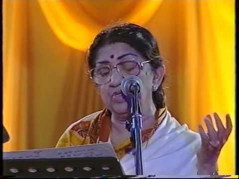 Lata Mangeshkar - Aayega Aanewala  Naina Barse Rhim Jhim (Live...