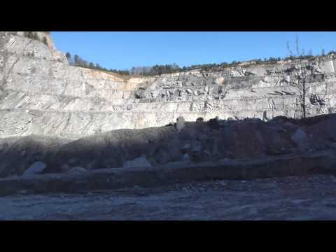 Descent into Wake Stone Company Quarry 2