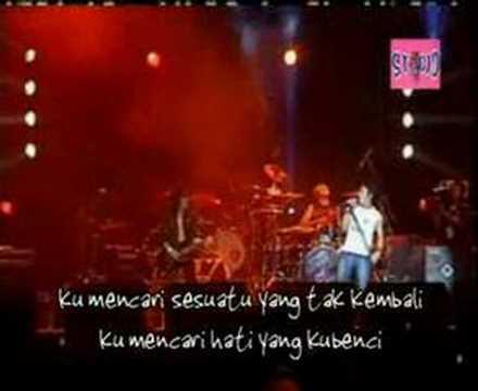 Peterpan ft. Abdee Slank - Di Atas Normal Live