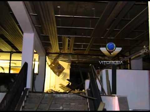 Caixa eletrônico é explodido na CDL, bairro Osvaldo