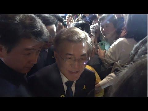 다시 만난 문재인 대통령과 세월호 유가족들