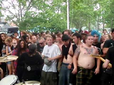 Star Fucking Hipsters - This Wal Mart Life In Punk Island 2010 video