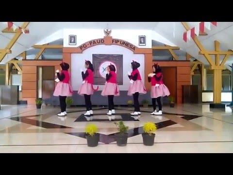download lagu Tari Kreasi Anak PG-PAUD UNESA Malu Sama Kucing - Romaria 2015-C gratis