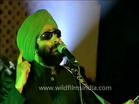 Rabbi Shergill The King Of  Punjabi & Rock Fusion Singing 'tere Bin' Live! video