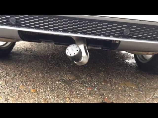 Audi Q5 2008 hidden swivel tow bar system - YouTube
