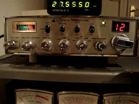 Cobra 148GTL DX with built in frequency counter