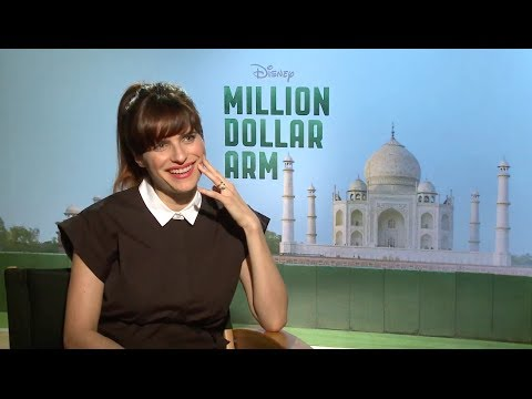 Lake Bell says she felt like a Princess wearing a Sari in 'Million Dollar Arm'