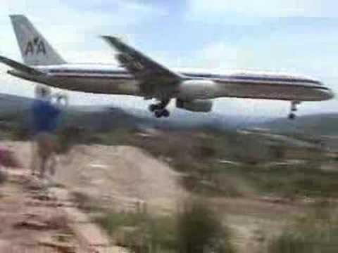 Skilled Pilot does Crazy Landing