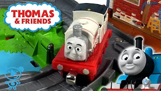 Thomas and Friends Train & Paint Shop Toy Unboxing - Thomas & Friends #Trains Toys for Kids Video 4K
