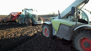 Fendt 936 Vario + Vaderstad Rapid A 600C stuck in mud