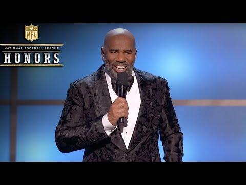 Steve Harvey Roasts the NFLs Elite in Opening Monologue  2019 NFL Honors