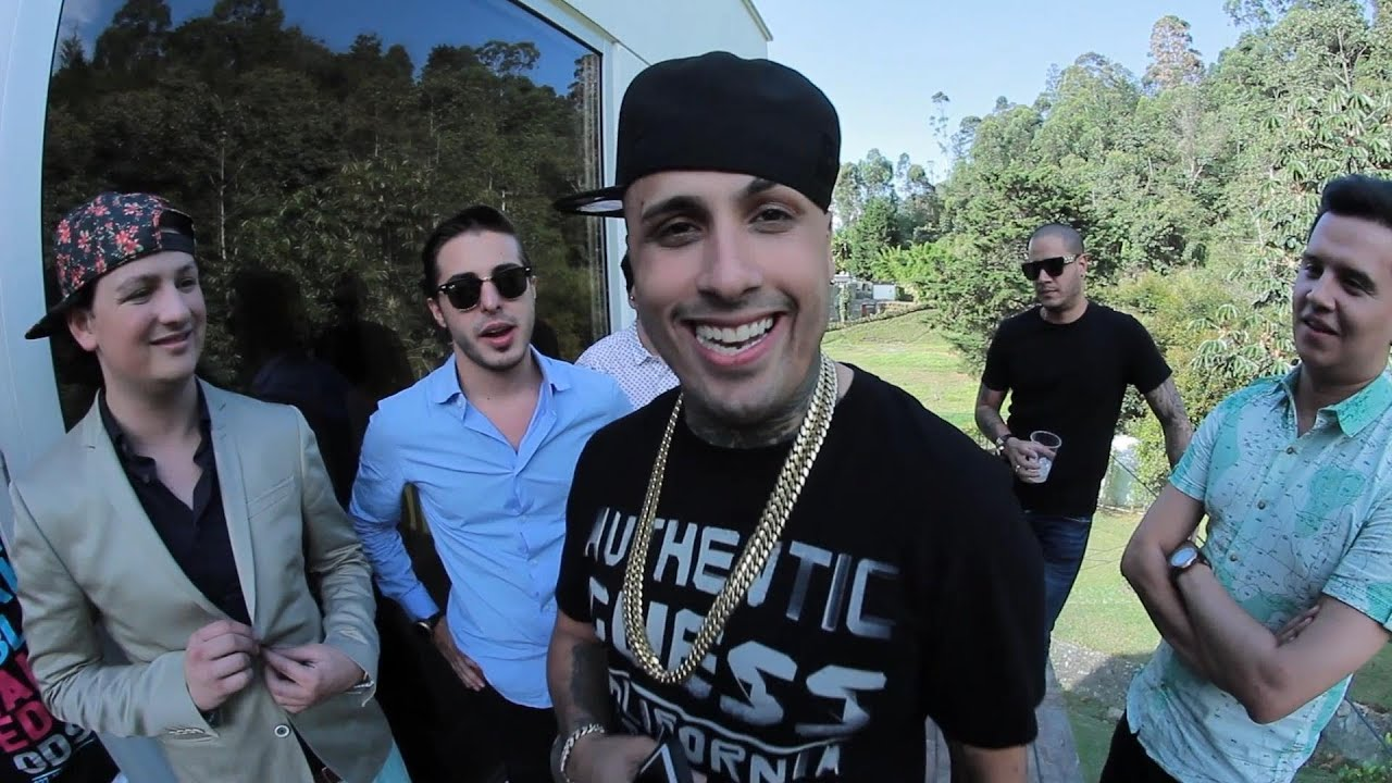 Piso 21 ft nicky jam suele suceder making of for Piso 21 instagram