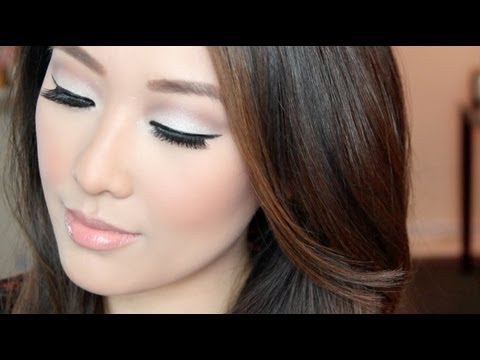 Simple Subtle Modern Mod Tutorial - Maybelline Color Tattoo/Urban Decay Naked 2 (great for monolids)