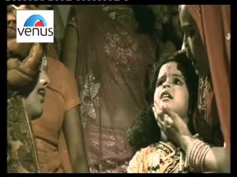 Maa Chanda Laado  - Krishna Bhajan by  Ghunghru (Baanke Bihari...