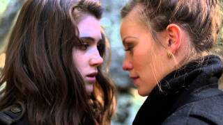 Download DON'T LOOK BACK - Movie Trailer 3Gp Mp4