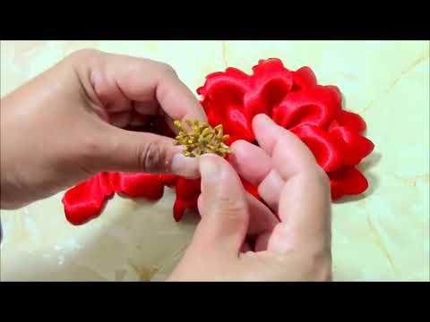 Flores de Navidad en cintas Christmas flowers in ribbons