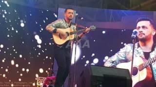 download lagu Atif Aslam Performing Aadat Unplugged Live At Dubai Global gratis