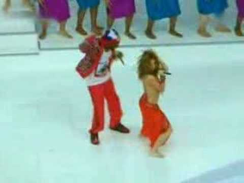 Shakira - Hips Don't Lie - WCup 2006 Berlin Live Music Videos