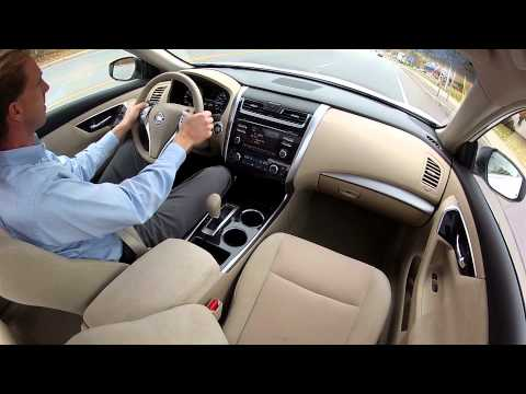 2013 Nissan Altima - Drive Time Review with Steve Hammes