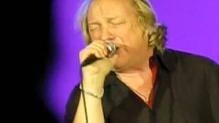 Lou Gramm  -  I Want to Know what Love is  -  Manistee Michigan 11 - 27 - 09