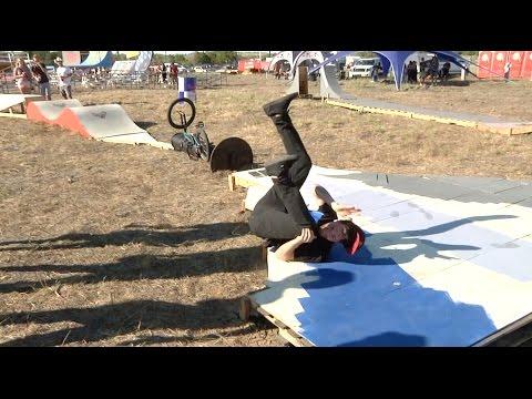 BMX - First Rider Through The Gauntlet Of Death - Texas Toast 2014