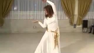 رقص بي نظير بانوي ايراني با آهنگ عليرضا افتخاري