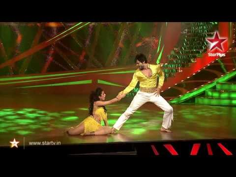 Raqesh Ridhi Perform On Chokra Jawaan 21st Dec'13 - Nach Baliye 6 video