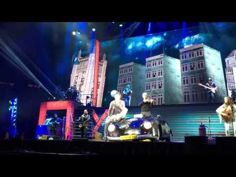 Historia De Taxi - Ricardo Arjona Madison Square Garden En Vivo 03/08/2015