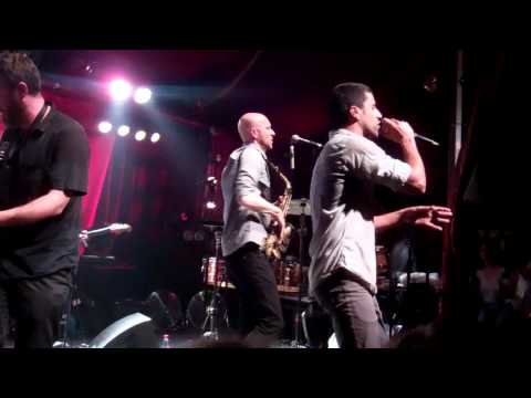 Balkan Beat Box -Look like you-give- live au Cabaret Sauvage 19 04 2012