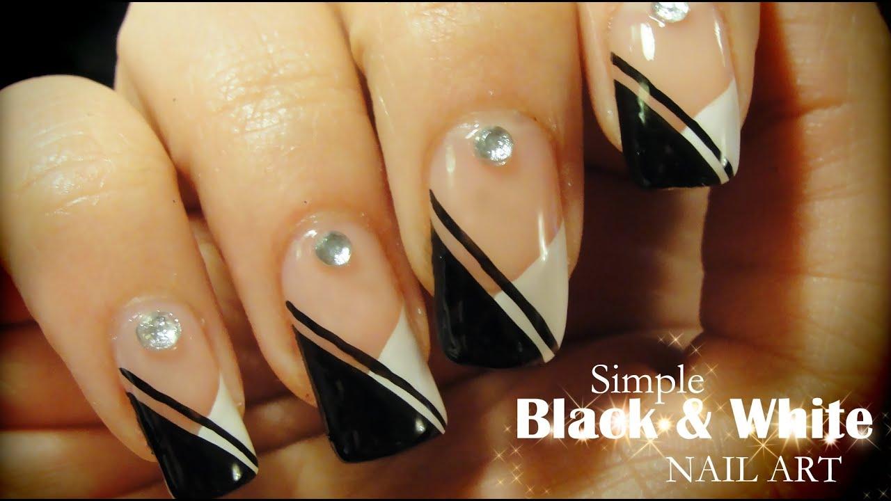 Simple Black White Nail Art