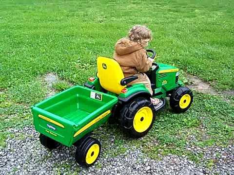 Toy John Deere Turf Tractor