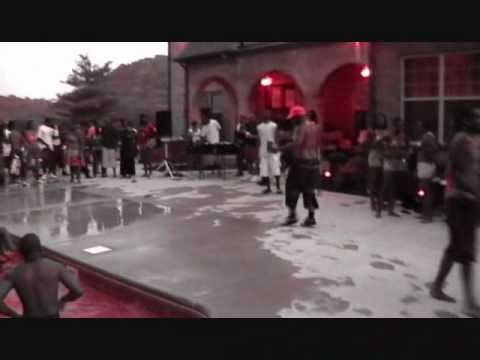 BOOTY SHAKING CONTEST@ THE MANSION POOL PARTY VIDEO SHOOT [FULL VERSION ] WITH THE SPINNER MAN PT.2