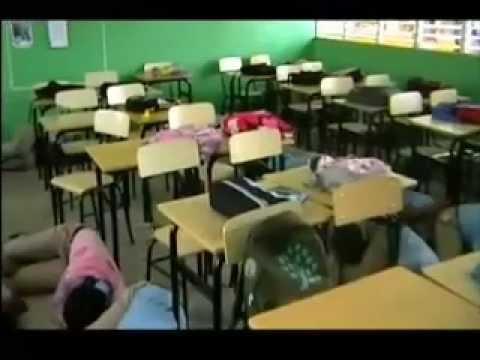 SIMULACRO DE TERREMOTO EN EL CENTRO EDUCATIVO ALVARO SOSA MIESES.mp4