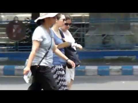 Three Women  Foreigner  Are Going in our kolkata