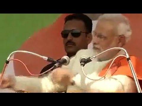 Narendra Modi mimics 'Shehzada' Rahul Gandhi at Chhattisgarh rally